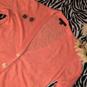 Ann Taylor salmon cardigan. Perfect for spring 🍡